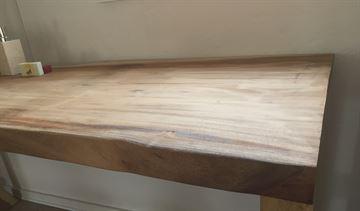 Massiv bordplade - suartræ - til badet